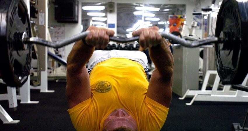 La musculation et les sports de combats